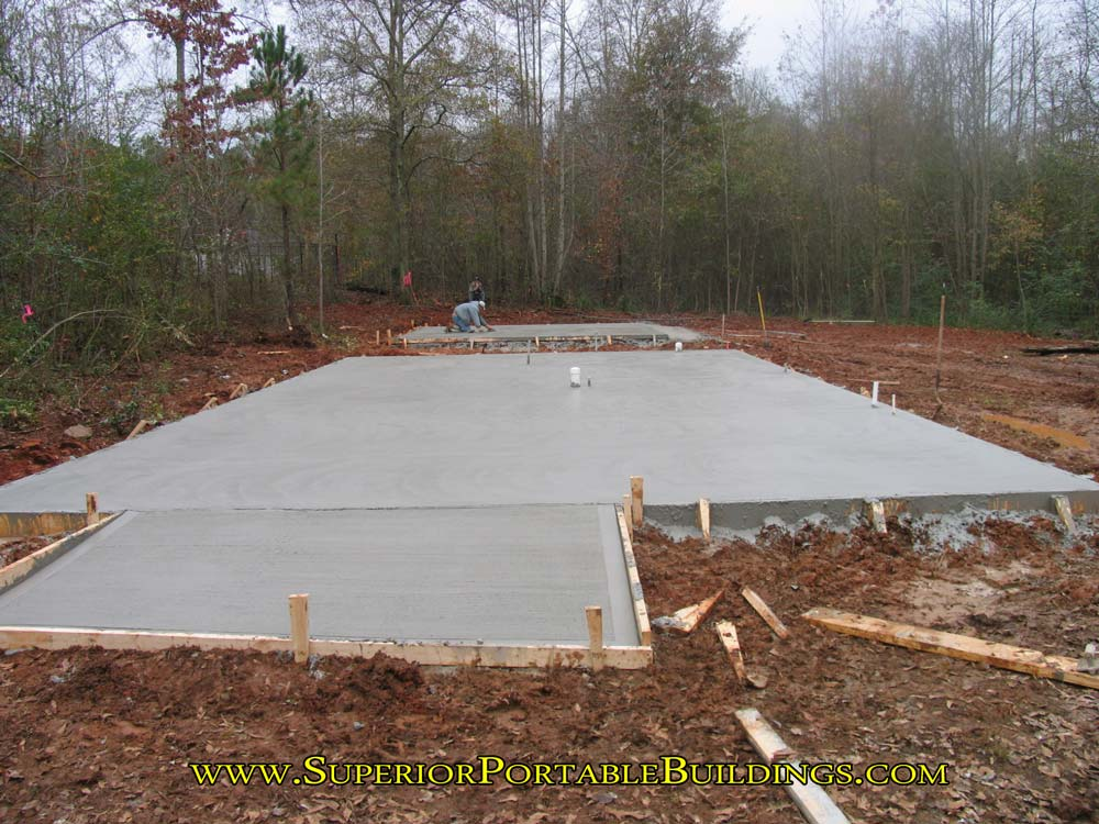 How to make a concrete slab and level your building area for Slab built homes